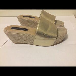 Steve Madden gold leather sandals Sz 7m